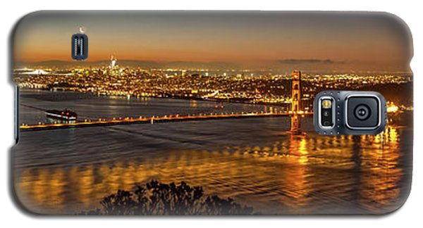 Downtown San Francisco And Golden Gate Bridge Just Before Sunris Galaxy S5 Case