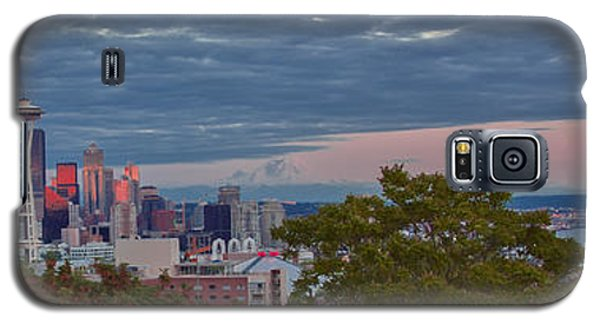 Downtown Seattle At Dusk Galaxy S5 Case