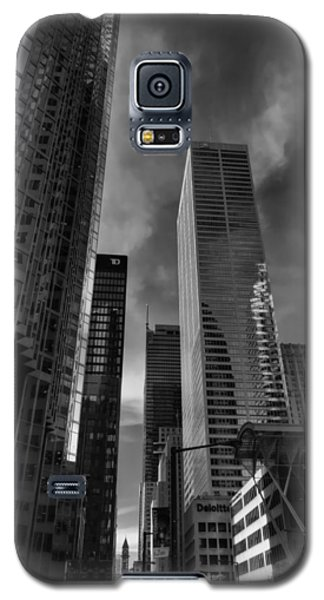 Galaxy S5 Case featuring the photograph Downtown Toronto 005 by Lance Vaughn
