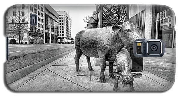 Galaxy S5 Case featuring the photograph Downtown Wichita by JC Findley