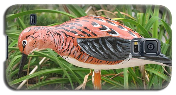 Galaxy S5 Case featuring the sculpture Downward Sanderling by Kevin F Heuman