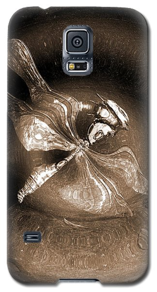 Dragonfly In Water. Galaxy S5 Case