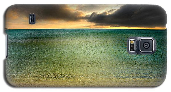 Drama At The Beach Galaxy S5 Case