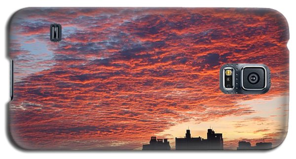 Galaxy S5 Case featuring the photograph Dramatic City Sunrise by Yali Shi