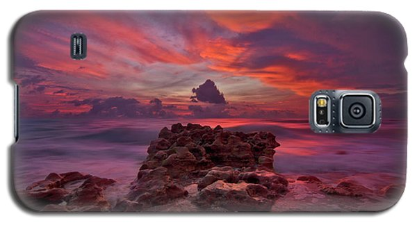 Dramatic Sunrise Over Coral Cove Beach In Jupiter Florida Galaxy S5 Case by Justin Kelefas