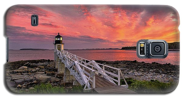 Dramatic Sunset At Marshall Point Lighthouse Galaxy S5 Case