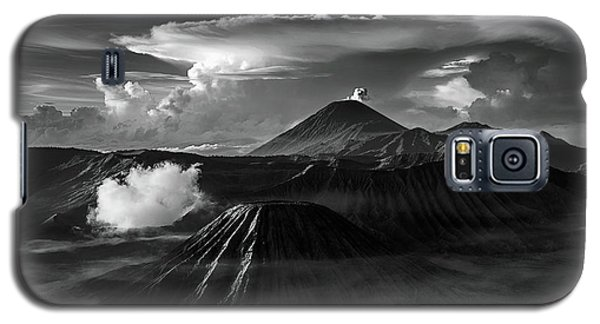 Dramatic View Of Mount Bromo Galaxy S5 Case