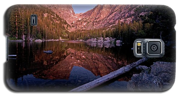 Galaxy S5 Case featuring the photograph Dream Lake by Gary Lengyel