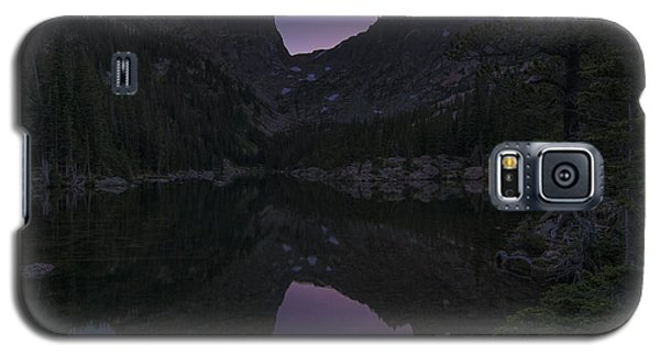 Galaxy S5 Case featuring the photograph Dream Lake Reflections by Gary Lengyel