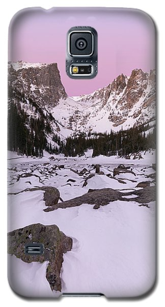 Galaxy S5 Case featuring the photograph Dream Lake Winter Vertical by Aaron Spong