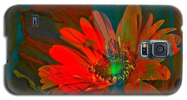 Galaxy S5 Case featuring the photograph Dreaming Of Flowers by Jeff Swan