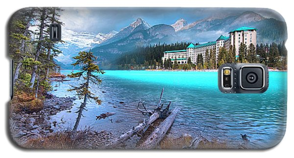 Galaxy S5 Case featuring the photograph Dreamy Chateau Lake Louise by John Poon