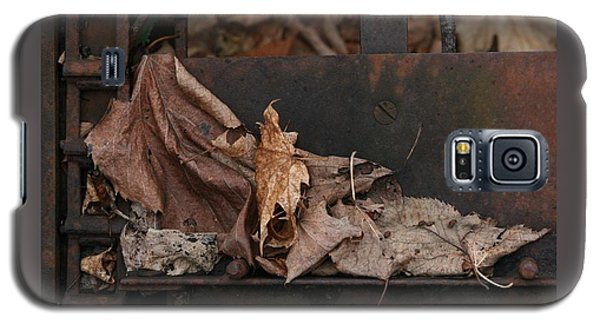 Dry Leaves And Old Steel-i Galaxy S5 Case