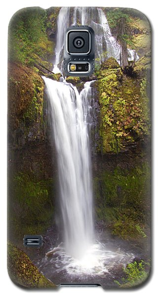 Galaxy S5 Case featuring the photograph Dual Cascade by Todd Kreuter
