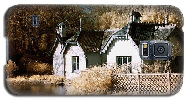 Duck Island Cottage Galaxy S5 Case
