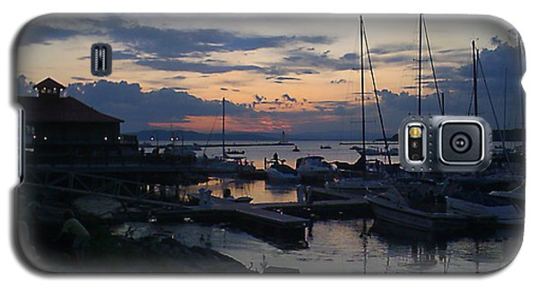 Galaxy S5 Case featuring the photograph Dusk Begins To Sleep by Felipe Adan Lerma
