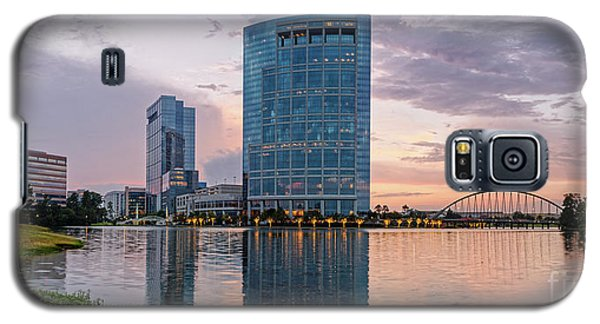 Dusk Panorama Of The Woodlands Waterway And Anadarko Petroleum Towers - The Woodlands Texas Galaxy S5 Case