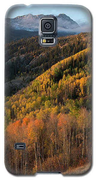 Galaxy S5 Case featuring the photograph Eagle's Nest Peak Vertical by Aaron Spong