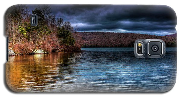 Galaxy S5 Case featuring the photograph Early May On Limekiln Lake by David Patterson