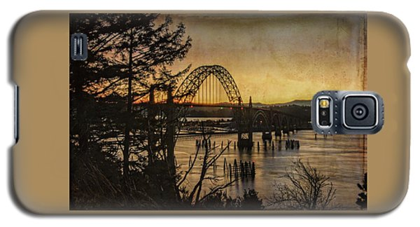 Early Morning At The Yaquina Bay Bridge  Galaxy S5 Case
