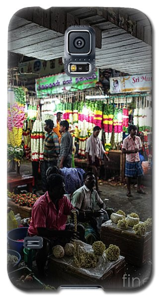 Galaxy S5 Case featuring the photograph Early Morning Koyambedu Flower Market India by Mike Reid