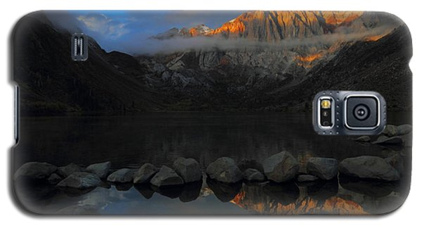 Early Morning Light At Convict Lake In The Eastern Sierras Galaxy S5 Case