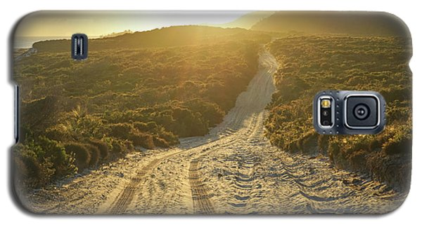Early Morning Light On 4wd Sand Track Galaxy S5 Case