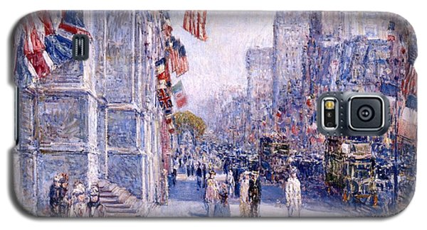 Galaxy S5 Case featuring the painting Early Morning On The Avenue In May 1917 - 1917 by Frederick Childe Hassam