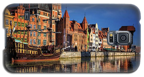 Early Morning On The Motlawa River In Gdansk Poland Galaxy S5 Case by Carol Japp