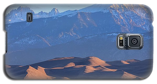 Early Morning Sand Dunes And Snow Covered Peaks Galaxy S5 Case by James BO Insogna