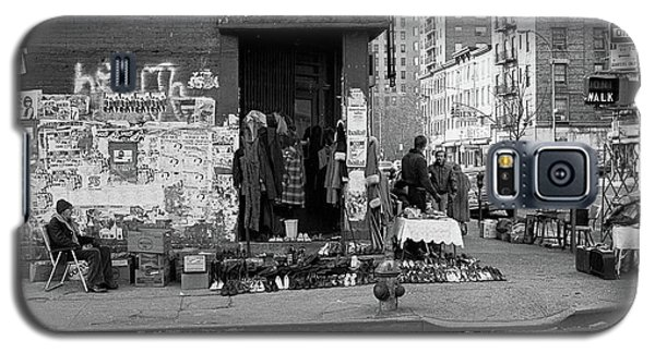 Galaxy S5 Case featuring the photograph East 7th Street 1979 by Dave Beckerman