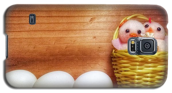 Easter Basket Of Pink Chicks With Eggs Galaxy S5 Case