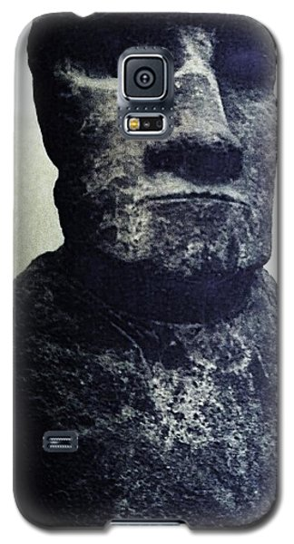 Galaxy S5 Case featuring the painting Easter Island Stone Statue by Eric  Schiabor