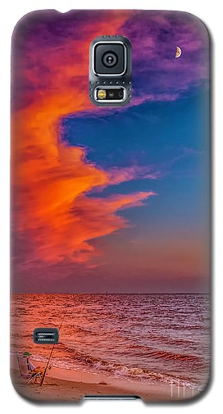 Galaxy S5 Case featuring the photograph Evening Fishing On The Beach by Nick Zelinsky