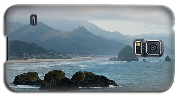 Ecola State Park View Of Haystack Rock And 3 Arch Rocks Galaxy S5 Case