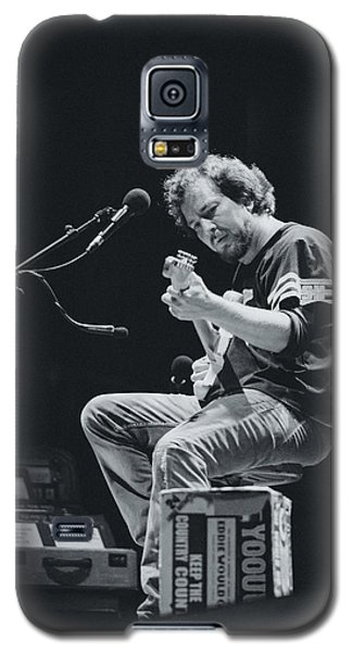Eddie Vedder Playing Live Galaxy S5 Case by Marco Oliveira