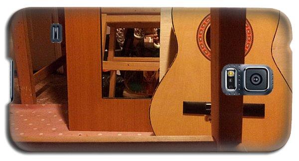 Edgeworth Acoustic Guitar Galaxy S5 Case