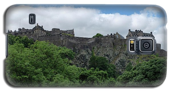 Galaxy S5 Case featuring the photograph Edinburgh Castle In Scotland by Jeremy Lavender Photography