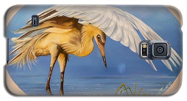 Galaxy S5 Case featuring the painting Egret Fishing by Sigrid Tune