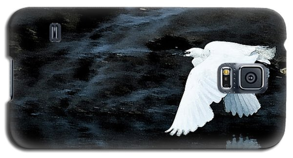 Egret In Flight Galaxy S5 Case