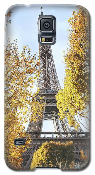 Galaxy S5 Case featuring the photograph Eiffel Tower Amidst The Autumn Foliage by Ivy Ho