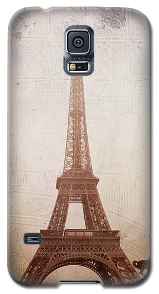 Galaxy S5 Case featuring the digital art Eiffel Tower In The Mist by Christina Lihani