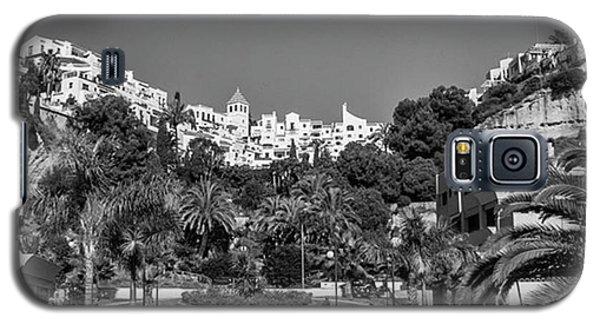 Place Galaxy S5 Case - El Capistrano, Nerja by John Edwards