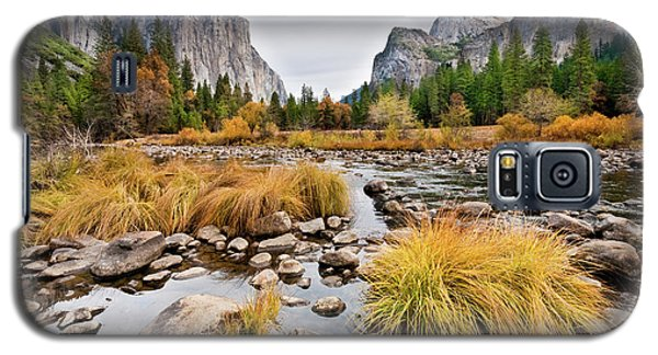 El Capitan And The Merced River In The Fall Galaxy S5 Case