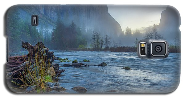 Galaxy S5 Case featuring the photograph El Capitan Merced River Dawn by Scott McGuire