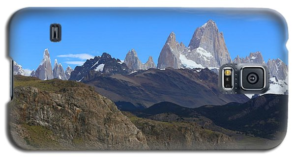Galaxy S5 Case featuring the photograph El Chalten by Andrei Fried