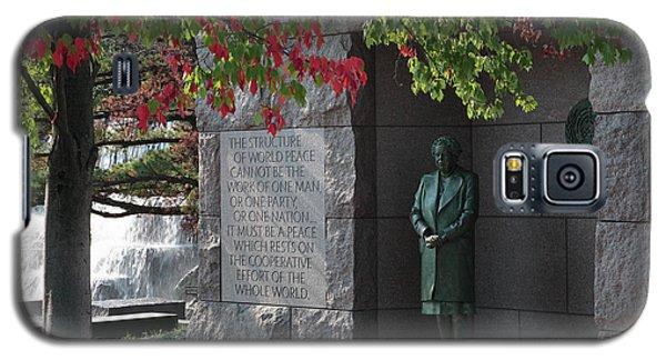 Eleanor's Alcove At The Fdr Memorial In Washington Dc Galaxy S5 Case