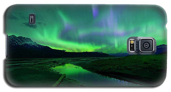 Galaxy S5 Case featuring the photograph Electric Skies Over Jasper National Park by Dan Jurak