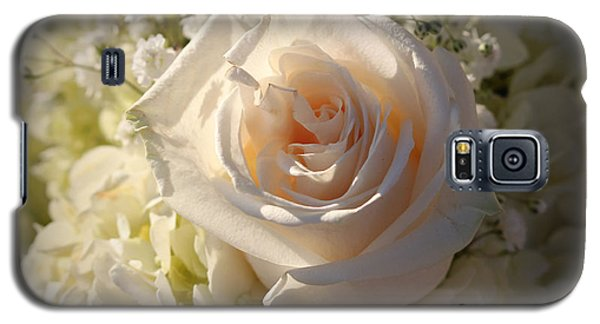 Elegant White Roses Galaxy S5 Case