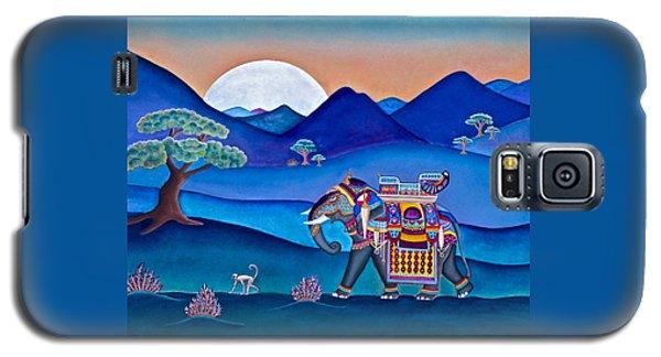 Elephant And Monkey Stroll Galaxy S5 Case by Lori Miller